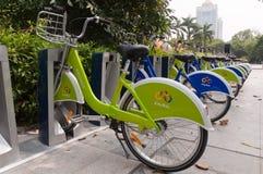 城市自行车,珠海中国 库存图片