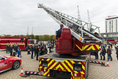Γερανός μηχανών πυρκαγιάς Στοκ Εικόνες