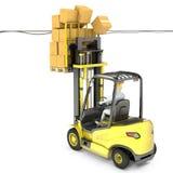 与高负荷的叉架起货车撞电汇 免版税库存图片