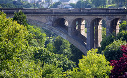 Παλαιά γέφυρα πετρών Στοκ εικόνα με δικαίωμα ελεύθερης χρήσης