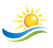 日落视图的例证与海运海滩的 免版税库存照片