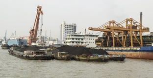在船的稀土土壤 免版税库存图片