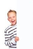 Αγόρι που παρουσιάζει το διάστημα αντιγράφων Στοκ εικόνες με δικαίωμα ελεύθερης χρήσης
