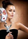 Девушка с маской масленицы Стоковые Фотографии RF