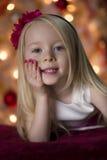 Πορτρέτο Χριστουγέννων νέων κοριτσιών Στοκ Εικόνες