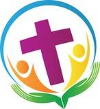 Руки держа людей с крестом Стоковые Изображения