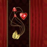 Τρεις κόκκινες καρδιές διαμαντιών με το χρυσό και το μετάξι Στοκ εικόνα με δικαίωμα ελεύθερης χρήσης