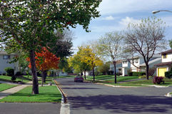 芝加哥伊利诺伊西方街道的郊区 免版税库存照片