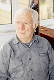 Πορτρέτο του ηλικιωμένου γκρίζου ατόμου Στοκ Εικόνες