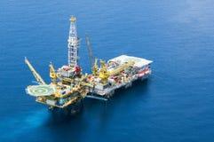 Πλατφόρμα άντλησης πετρελαίου Στοκ Φωτογραφία