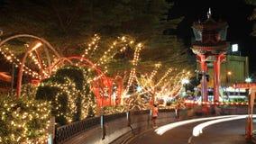 对中国城镇网关曲拱的美丽的小径在曼谷 免版税图库摄影