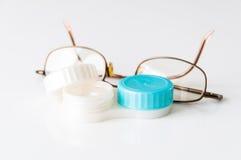 隐形眼镜和玻璃 免版税图库摄影