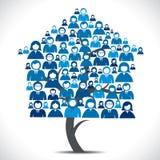 Бизнесмены самонаводят дерево Стоковая Фотография