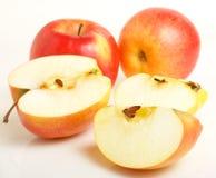 苹果的分段。 免版税库存照片