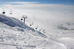 滑雪电缆车 免版税图库摄影