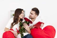 新夫妇 免版税库存图片