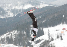 空中滑雪 免版税库存图片