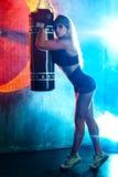 拳击手妇女 免版税库存图片