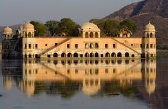 印度斋浦尔宫殿水 免版税库存图片