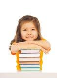 聪明的亚裔女孩 免版税库存照片