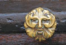 从词条门的中世纪样式把柄 免版税库存图片