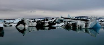 冰山冰岛 免版税库存照片