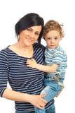 有她的男孩的美丽的母亲 免版税库存图片