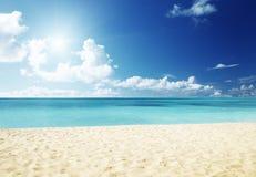 Море и песок Стоковая Фотография RF