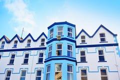 五颜六色的大厦,爱尔兰 库存图片