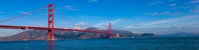 Панорамный взгляд моста золотого строба в Сан-Франциско, Калифорнии Стоковые Фото
