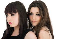 Φίλοι ευτυχείς κοριτσιών - που απομονώνονται πέρα από ένα άσπρο υπόβαθρο Στοκ Εικόνα