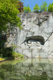 死的狮子纪念碑在卢赛恩 免版税库存图片