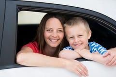 母亲和儿子 免版税库存图片