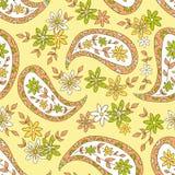 Картина ткани лета желтого цвета Пейсли флористическая. Стоковые Изображения