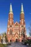 波兰的视域。教会在华沙。 免版税图库摄影