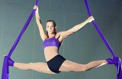 体操运动员 免版税库存图片