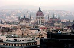 匈牙利议会大厦鸟瞰图在布达佩斯 免版税库存照片