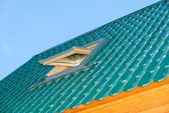 屋顶窗口 免版税库存照片