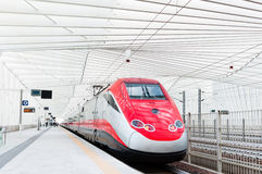 Γρήγορο τραίνο στην Ιταλία Στοκ φωτογραφία με δικαίωμα ελεύθερης χρήσης