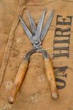 在大袋的古董剪 免版税图库摄影