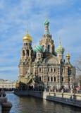救主的教会溢出的血液的在圣彼德堡,俄罗斯。 图库摄影
