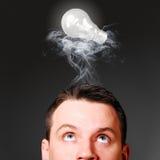 有电灯泡的男性头 免版税库存图片