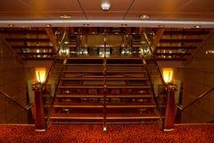 游轮内部楼梯 免版税库存图片