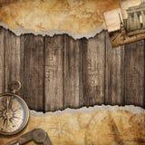 与指南针的老地图背景。冒险或发现概念。 免版税库存照片