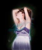 Портрет девушки танцев на партии диско Стоковая Фотография