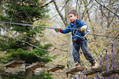 活跃儿童登山人 免版税库存照片