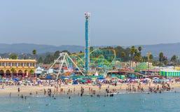 圣克鲁斯海滩木板走道 免版税库存照片
