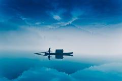 渔小船在仙境 免版税图库摄影