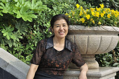 中国中部年迈的妇女 免版税库存图片