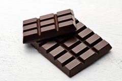 黑暗的巧克力酒吧  免版税图库摄影